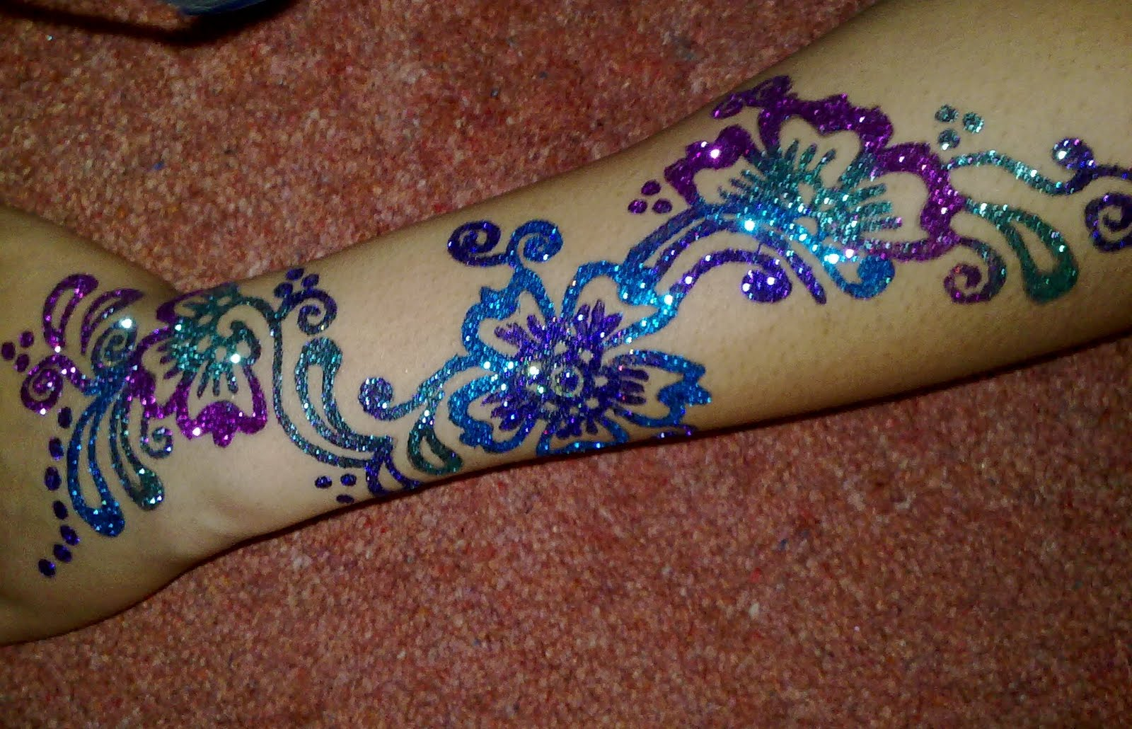 Henna By Nadia Gehlen Traditional Henna Amp Glitter Henna