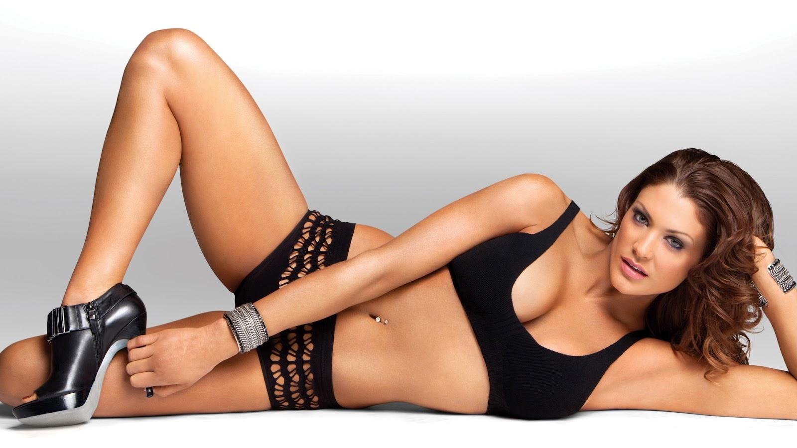 Eve Torres New Hot Wallpaper 2012