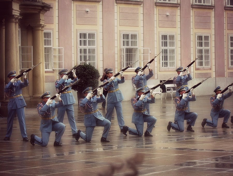 Cambio de guardia Praga