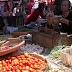 Berjalan-jalan di Pasar