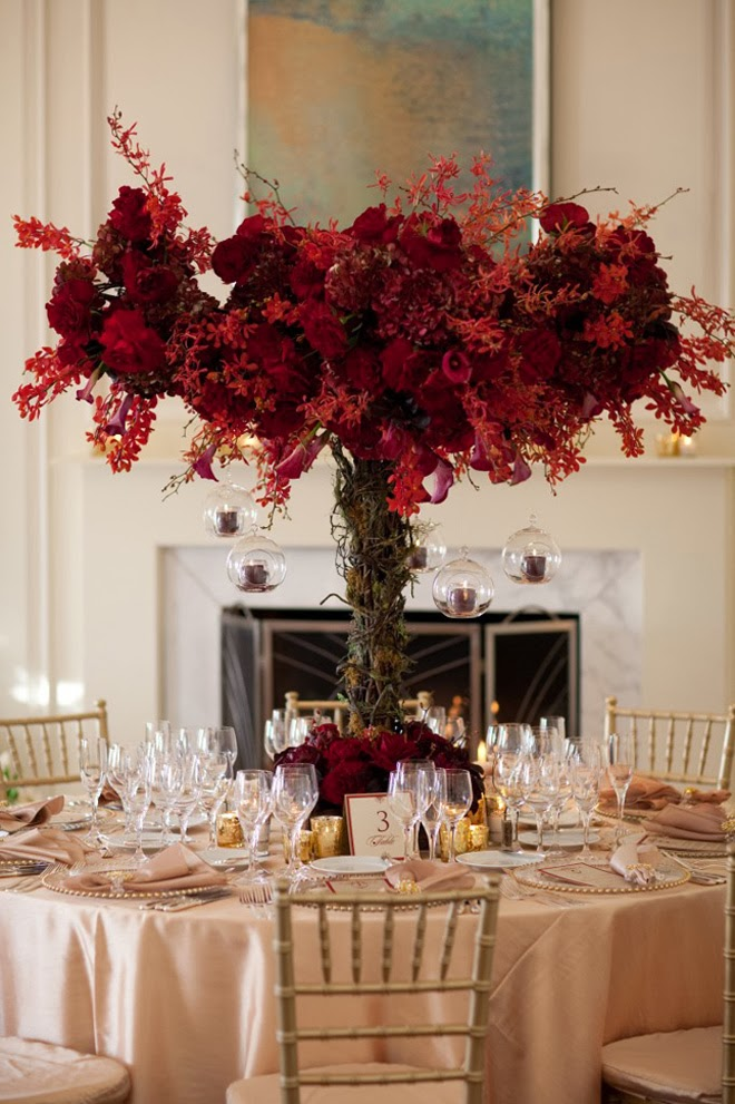 12 fabulous centerpieces for fall weddings belle the for Fall wedding centerpieces