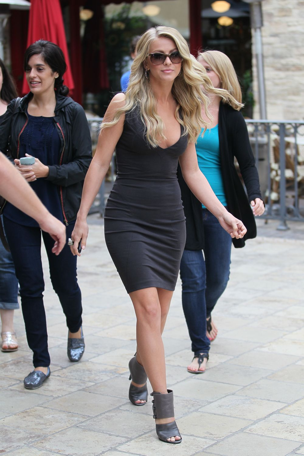 Julianne Hough Looks Beautiful In Black Mini Dress