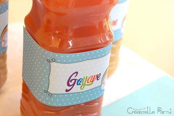 Sweet table arc-en-ciel étiquettes de bouteilles / rainbow bottle label