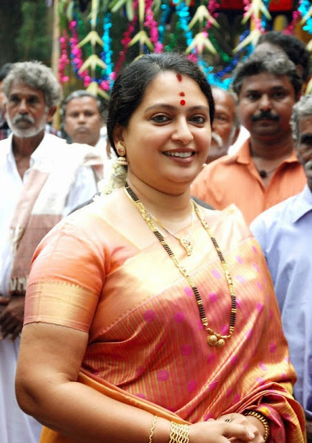Actress Seetha Aunty Saree Photos