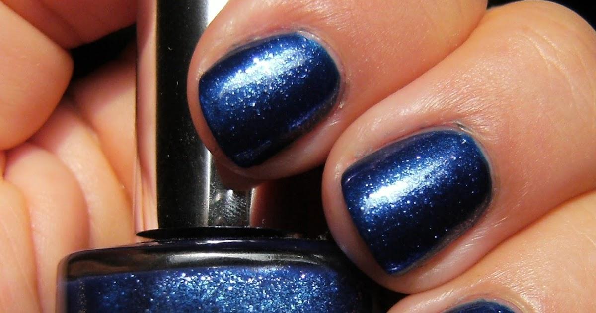 Deez Nailz: Midnight Blue - Deja Vu