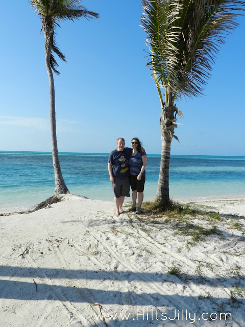 On Barefoot Beach on Coco Cay / Hi! It's Jilly