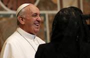 La hermana del papa Francisco, María Elena Bergoglio, ha desmentido que el . showimage