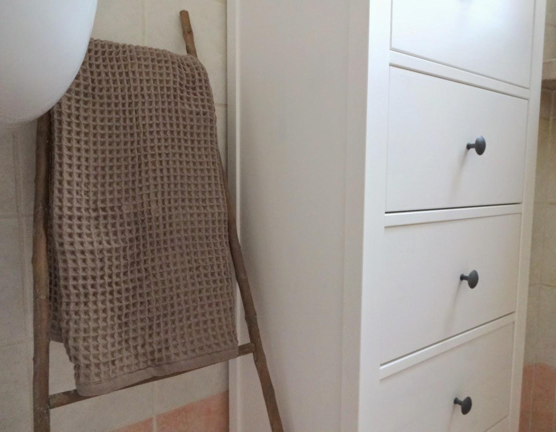 coin casa, coin asciugamano, shabby chic, home decor, asciugamano cotone leggero morbido, asciugamano nido d'ape, porta asciugamani bagno scaletta