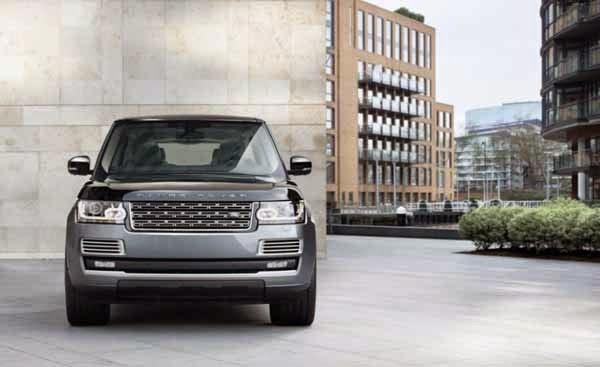 2016 Land Rover Range Rover SV Luxury