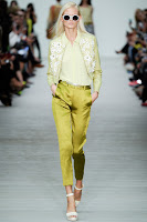 http://runwayinspired.blogspot.ie/2013/12/ric50-matthew-williamson.html