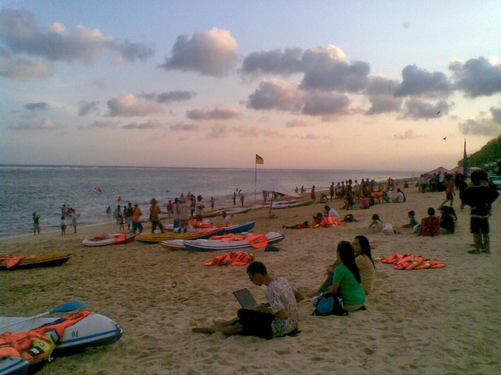 Tempat Wisata Pantai Pandawa Bali