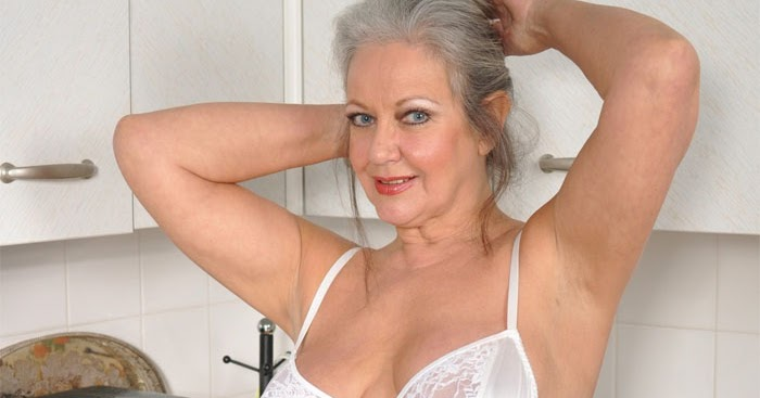 60 plus milf april thomas speaking