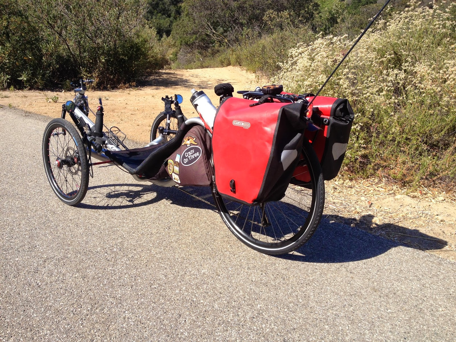 683024c997c5 I eliminated the trunk bag and now I put my daily ride stuff in the side  bags with plenty of room to spare. I usually ride with the Ortlieb panniers  so I ...