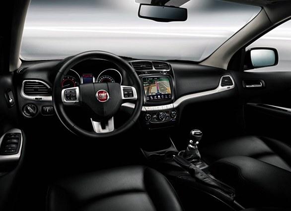 car i Fiat Freemont 2014