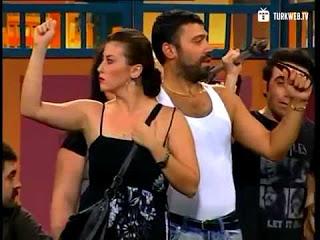 Mahrem Alan İhlaline Dikkat çeken Tiyatro (video)