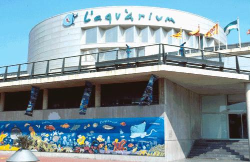 Alentours barcelone l aquarium de barcelone for Aquarium exterieur