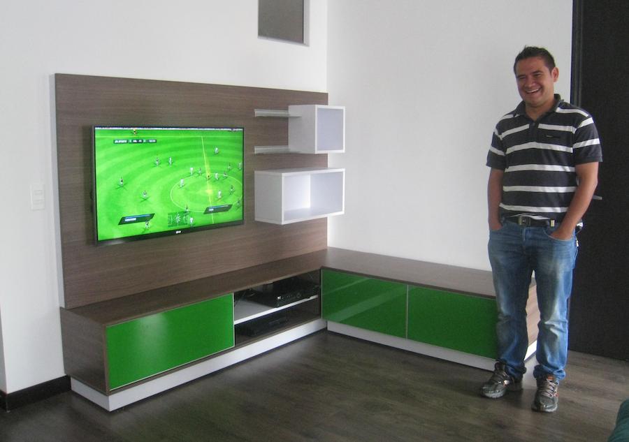 Jorge monta a el mueble de erwin listo - Como hacer un mueble para tv ...