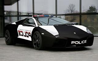 gambar mobil polisi