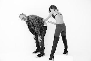 Miranda Kerr giving B12 shot to photograpgher Terry Richardson