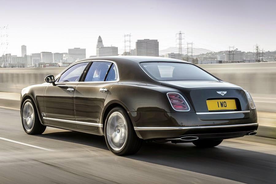 Bentley Mulsanne Speed (2015) Rear Side