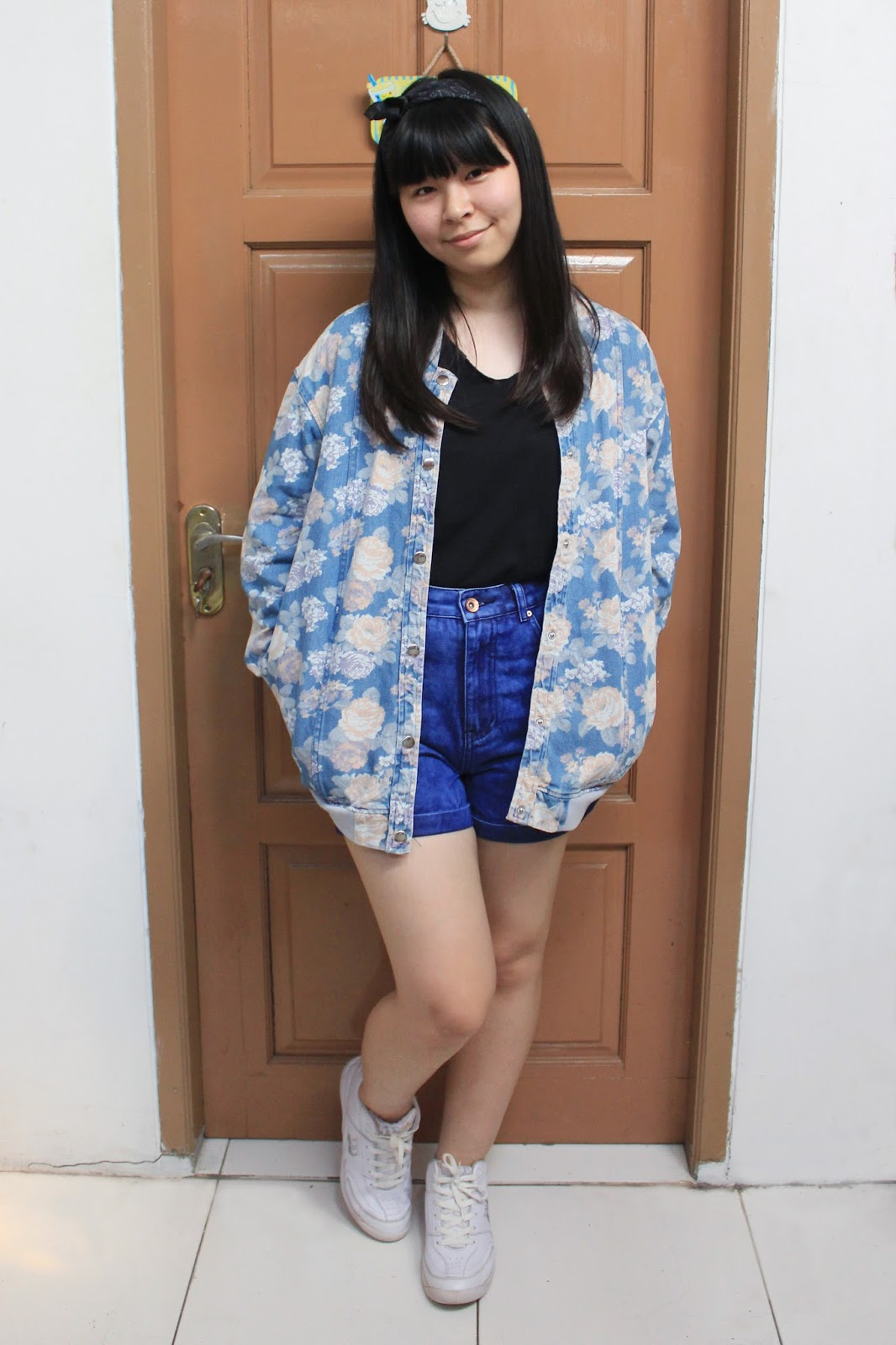 how to wear floral denim jacket