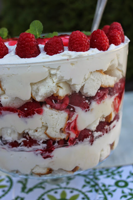 Recipe:  Dessert, Recipe:  Fruit, Raspberry Angel Food Cake Trifle, fancy desserts, gourmet desserts, best raspberry dessert, angel food cake, Mothers Day Favorites,