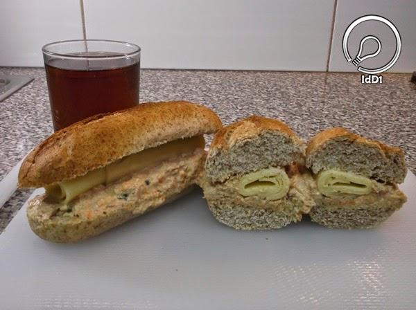 sanduíche de pasta de atum - idd1 - 01