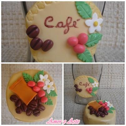 Vidro para café, decoração em biscuit