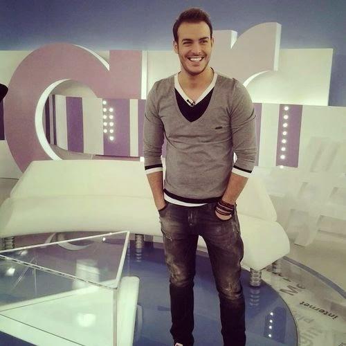 греческий певец Сакис Арсениу