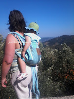 voyage vacances ferias poussette carrinho viagem aproveitar Portugal praia mar portage babywearing