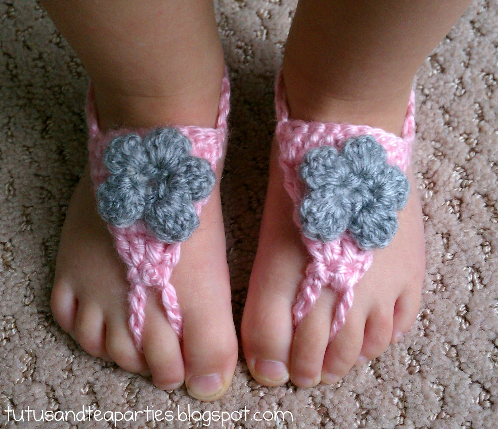 Crochet Pattern For Baby Barefoot Sandals : barefoot sandals crochet pattern free crochet baby sandals ...