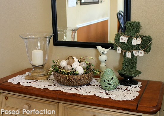 Spring Entryway Table Vignette
