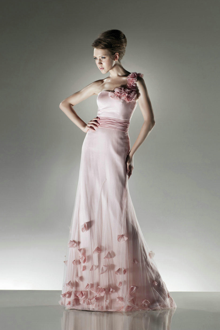 Whiteazalea evening dresses evening dresses with floral for Wedding dresses with flowers