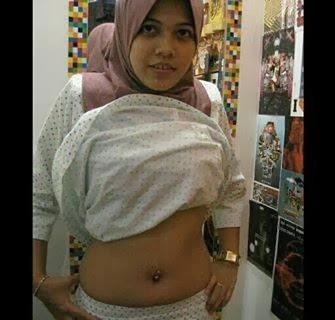 Bertudung Baju Kurung Kapas melayu bogel.com