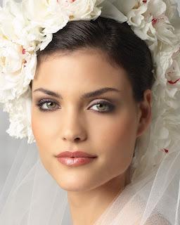 5 Jenis Make-Up dan TATA RIAS PENGANTIN