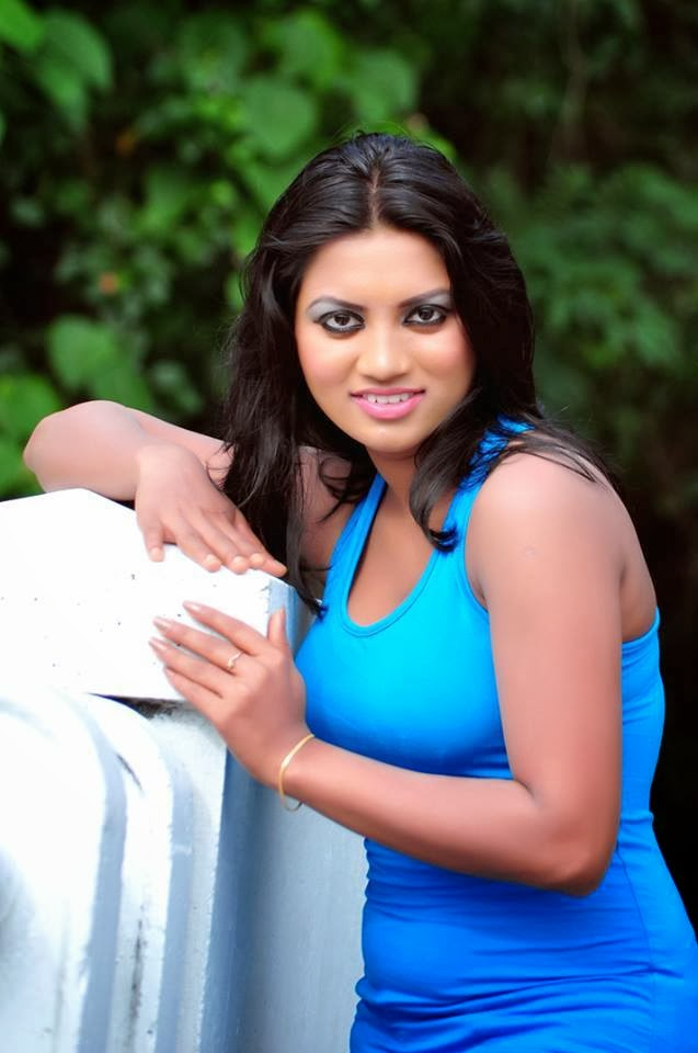 Sithumini Perera sexy