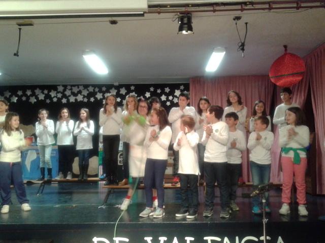Cantando en el coro