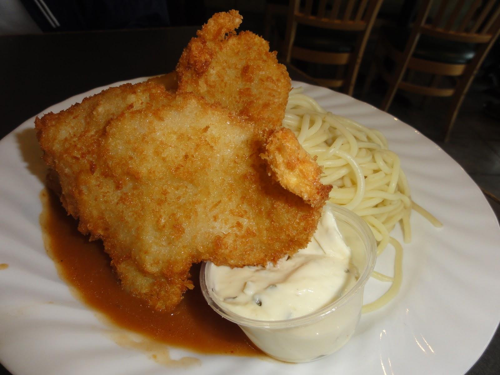 Gracie 39 s blog afternoon tea goldsor cafe for Fried fish fillet