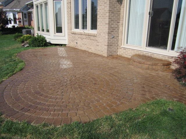 how to clean brick pavers moss