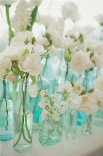 Decoração de casamento com Vidros azuis
