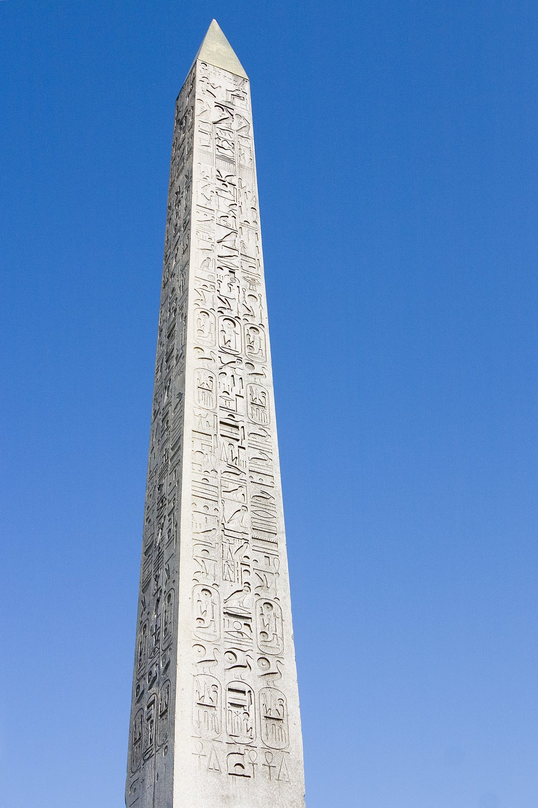 The United States of the Solar System, A.D. 2133 (Book Seven and the Seven Seals) - Page 37 Egyptian_obelisk