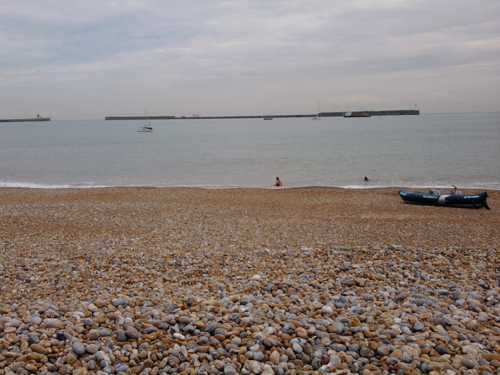 """dover beach thesis Matthew arnold's """"dover beach"""" can often deceive readers into thinking that the speaker is actually calm and content however, if we dissect."""