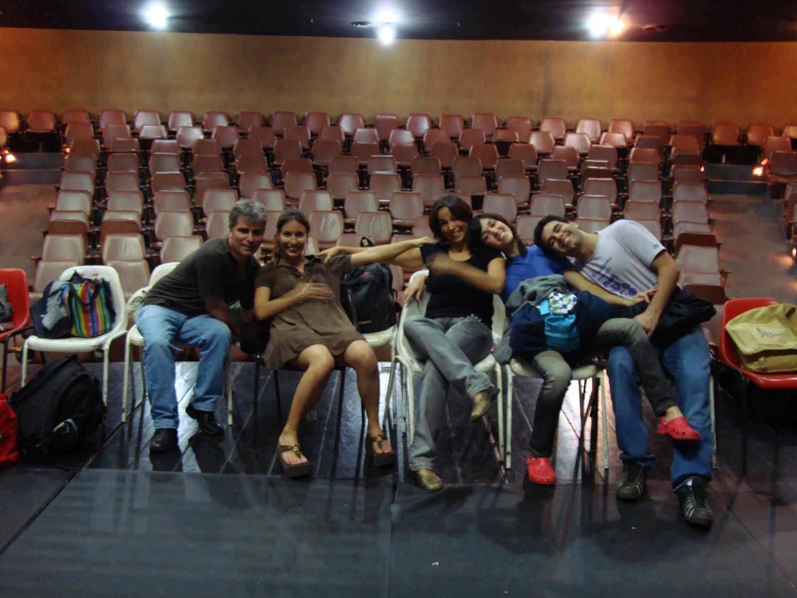 Temporada Autorretrato Dinâmico no Teatro Dulcina