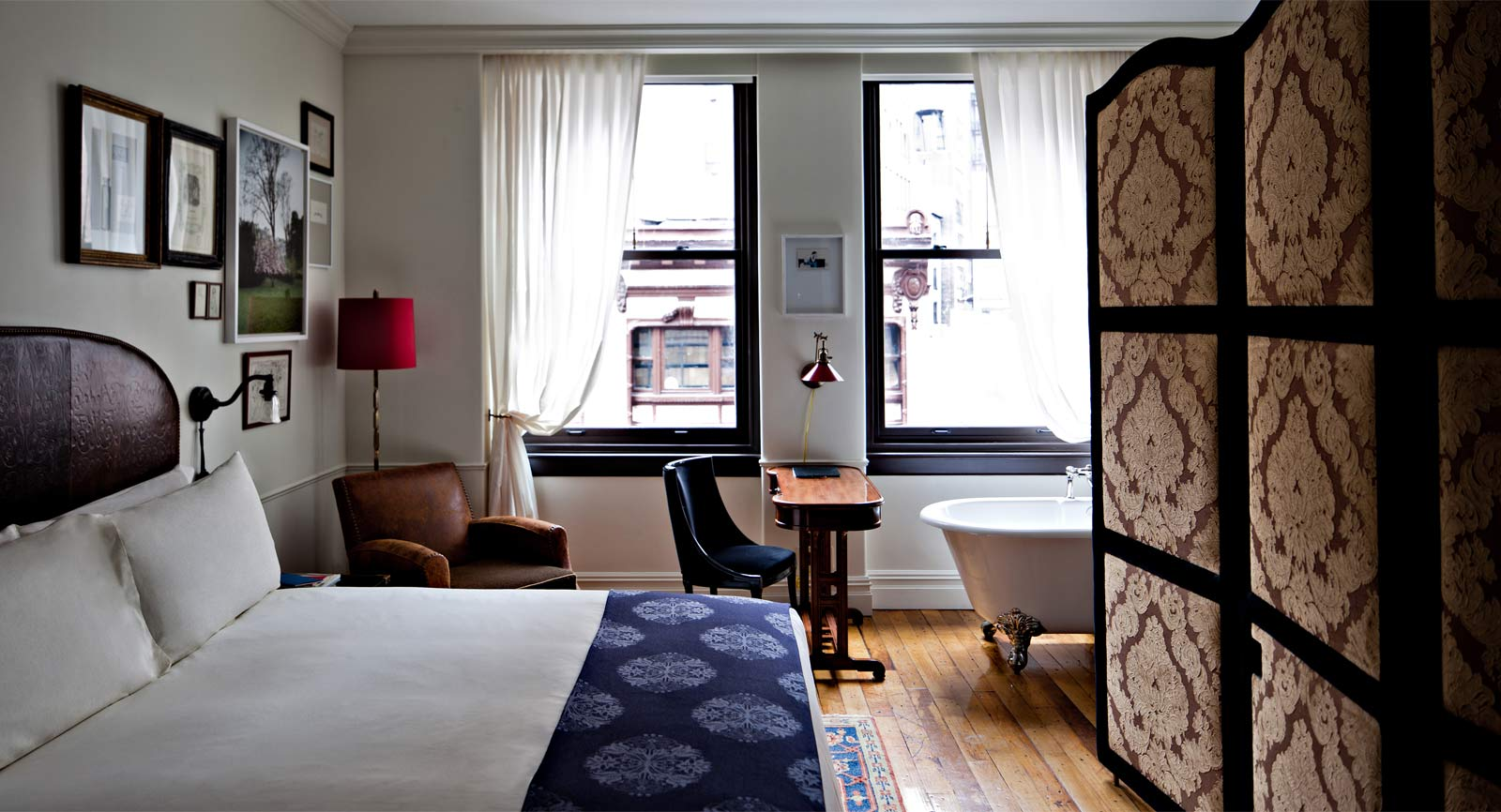Ze interior designs rooms at nomad hotel new york for Room design new york