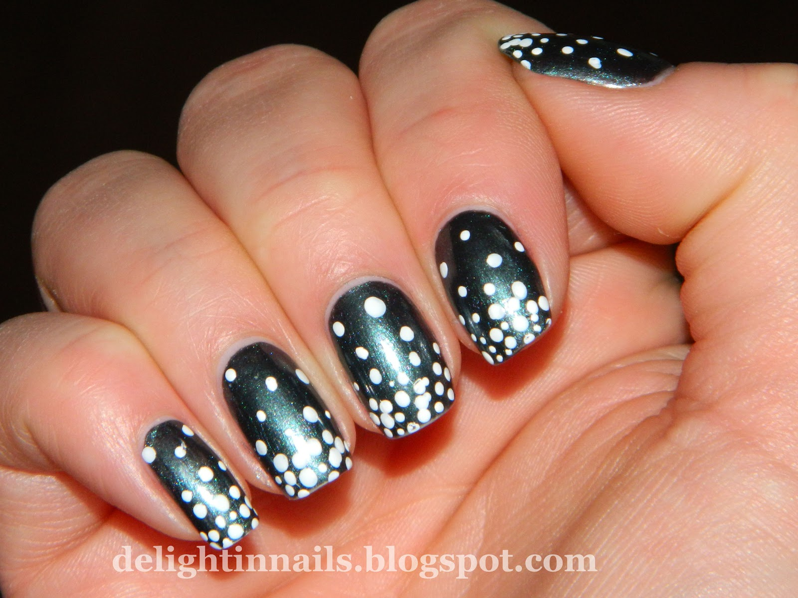 Delight In Nails: 10 Day Holiday Nail Art Challenge: Day 2 - Snow ...