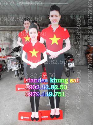 standee mô hình người
