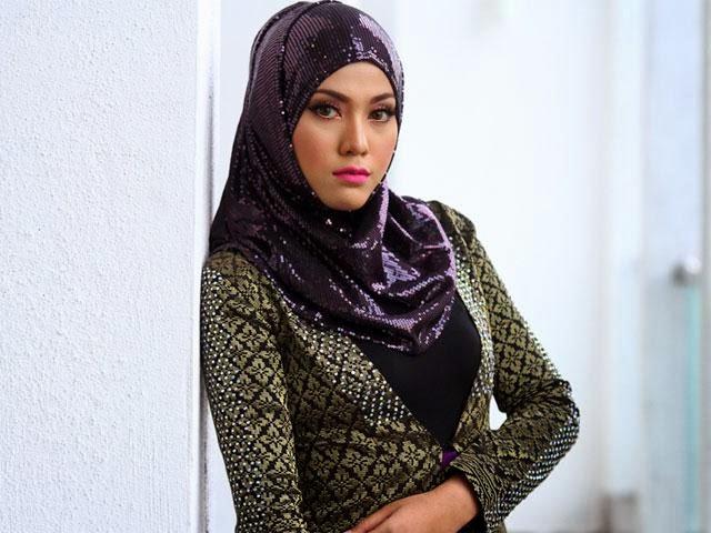 Shila Amzah Nafi Pendapatannya Rm2.5 Juta Setahun!