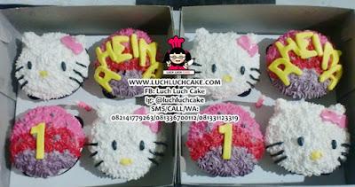 Hello Kitty Buttercream Cupcake