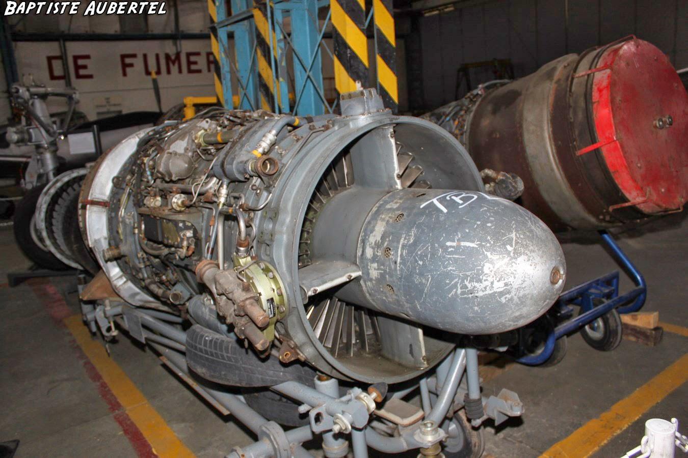 Réacteur avion de chasse EALC Corbas