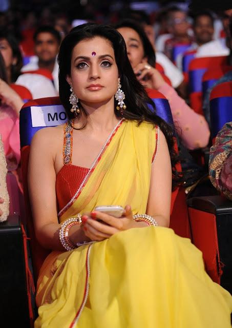 Ameesha Patel yellow saree,Ameesha Patel, hot indian actress, hot actress top, hot actress legs, hot actress legs, actress transparent saree, desi actresses, hot bollywood actress, desi actress ameesha, indian actress boobs show, hot actress body party show, ameesha beach girl, ameesha as item girl, ameesha cute lips, ameesha cute actress, ameesha yellow sare, ameesha red jaket, ameesha hot photo shoot
